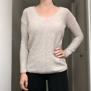 Old Navy oatmeal knit sweater